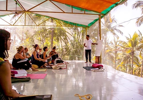 Sampoorna Yoga Goa - Yin and restorative Yoga