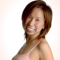Sumiko Koike (ヴィニヤサフロー担当)