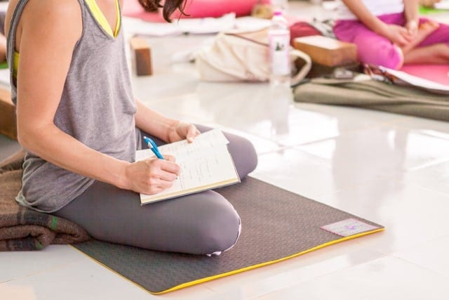 Sampoorna Yoga - Taking Note