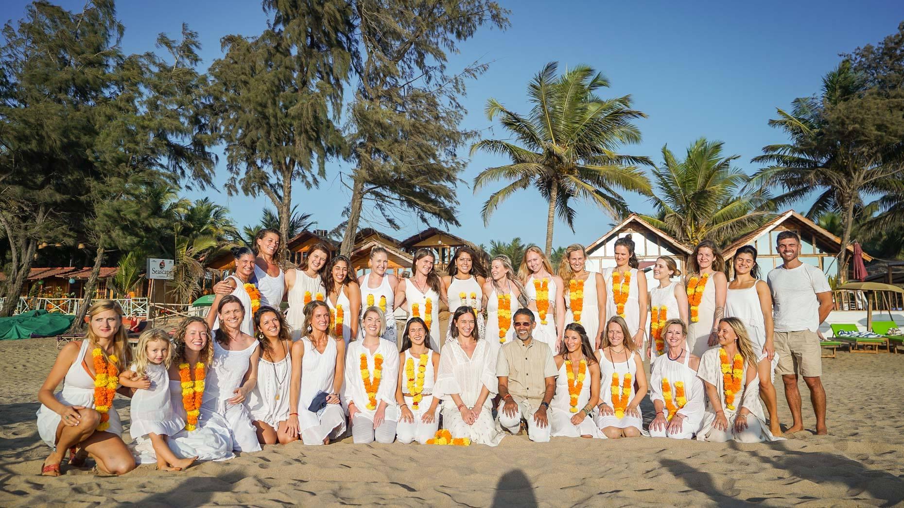 yoga teachers at Sampoorna Yoga