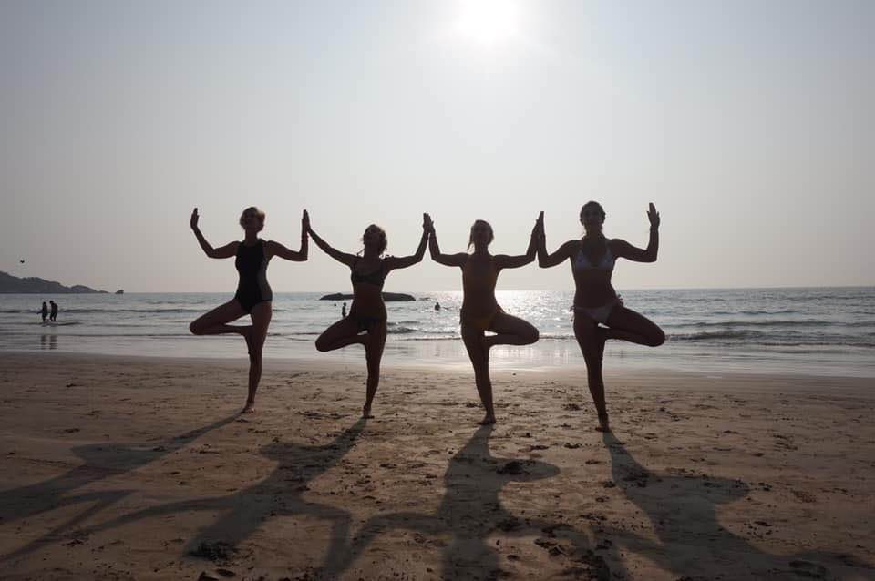 200 hour yoga teacher training agonda goa